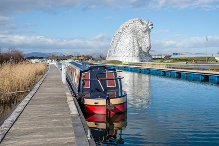 Kelpies by the canal at Falkirk