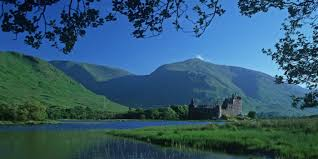 Kilchurn Castle at loch Awe